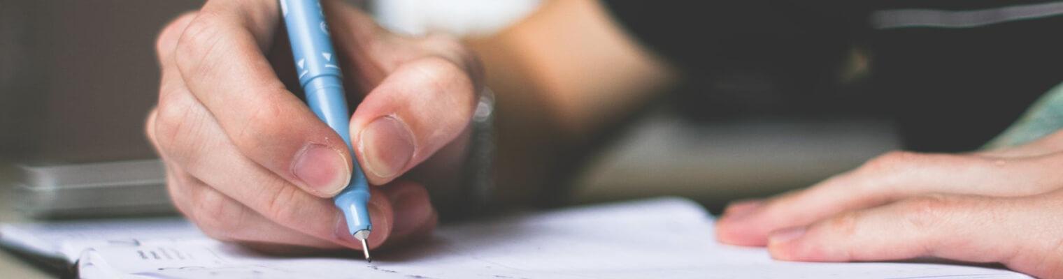 come studiare storia scrivere a mano